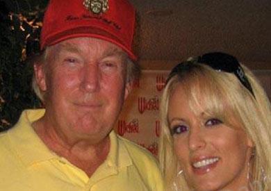 ترامب والممثلة الإباحية ستيفاني كليفورد