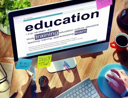9 مواقع لدراسة إدارة الأعمال والتسويق عبر الإنترنت