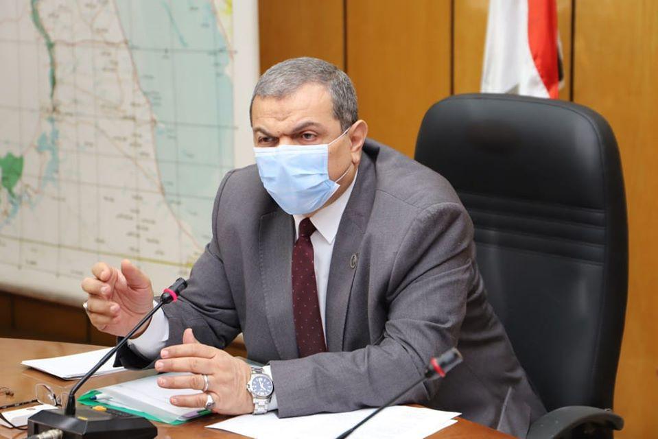 محمد سعفان، وزير القوي العاملة