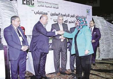 «أحمد هيكل» يفوز بجائزة «المسئولية الاجتماعية» تكريمًا لإنجازاته فى الاستثمار المسئول