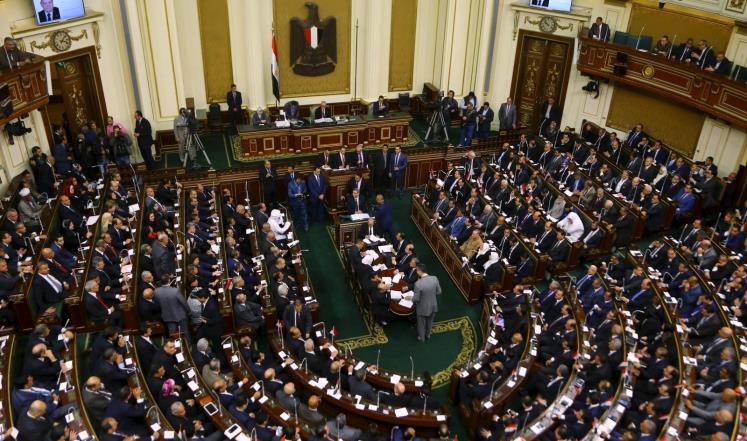 ضعف التمثيل الحكومي في لجان البرلمان يثير غضب النواب -