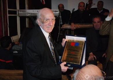 الكاتب محفوظ عبدالرحمن