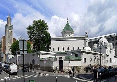 مسجد باريس: فوز «ماكرون» يعطي أملا لمسلمي فرنسا