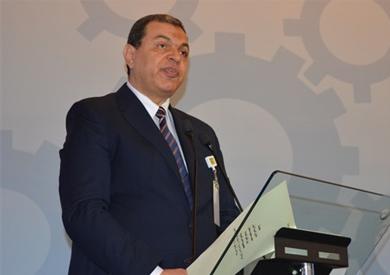 «سعفان»: تحويل 27 مليون جنيه مستحقات تأمينية لـ120 مصريا كانوا باليونان