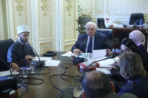 اللجنة الدينية تصوير لبنى طارق