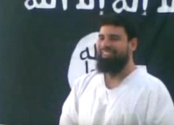 عمر رفاعي سرور من مقطع فيديو مسجل داخل سجن الوادي الجديد عام 2009