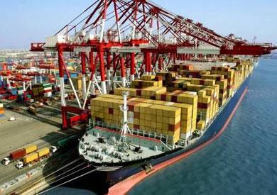 إحباط محاولة تهريب «ملابس عسكرية» بميناء بورسعيد