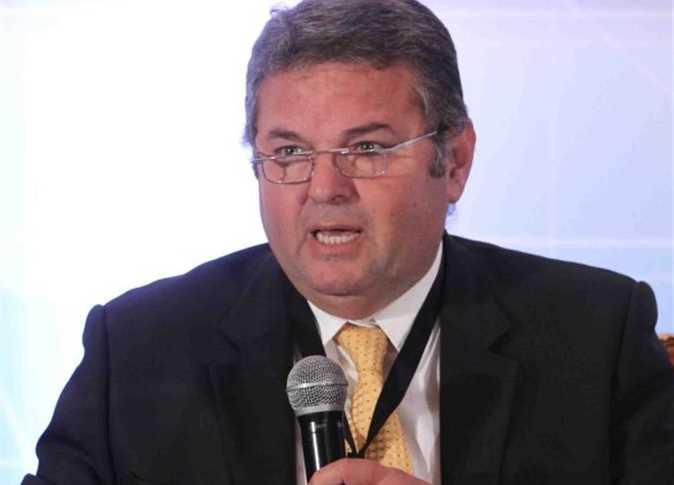 هشام توفيق - وزير قطاع الأعمال