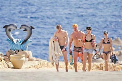 «السياحة الإلكترونية» تلجأ لشركات تأمين عالمية لتجنب الحظر