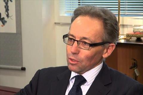 سفير أستراليا بالقاهرة نيل هوكنز