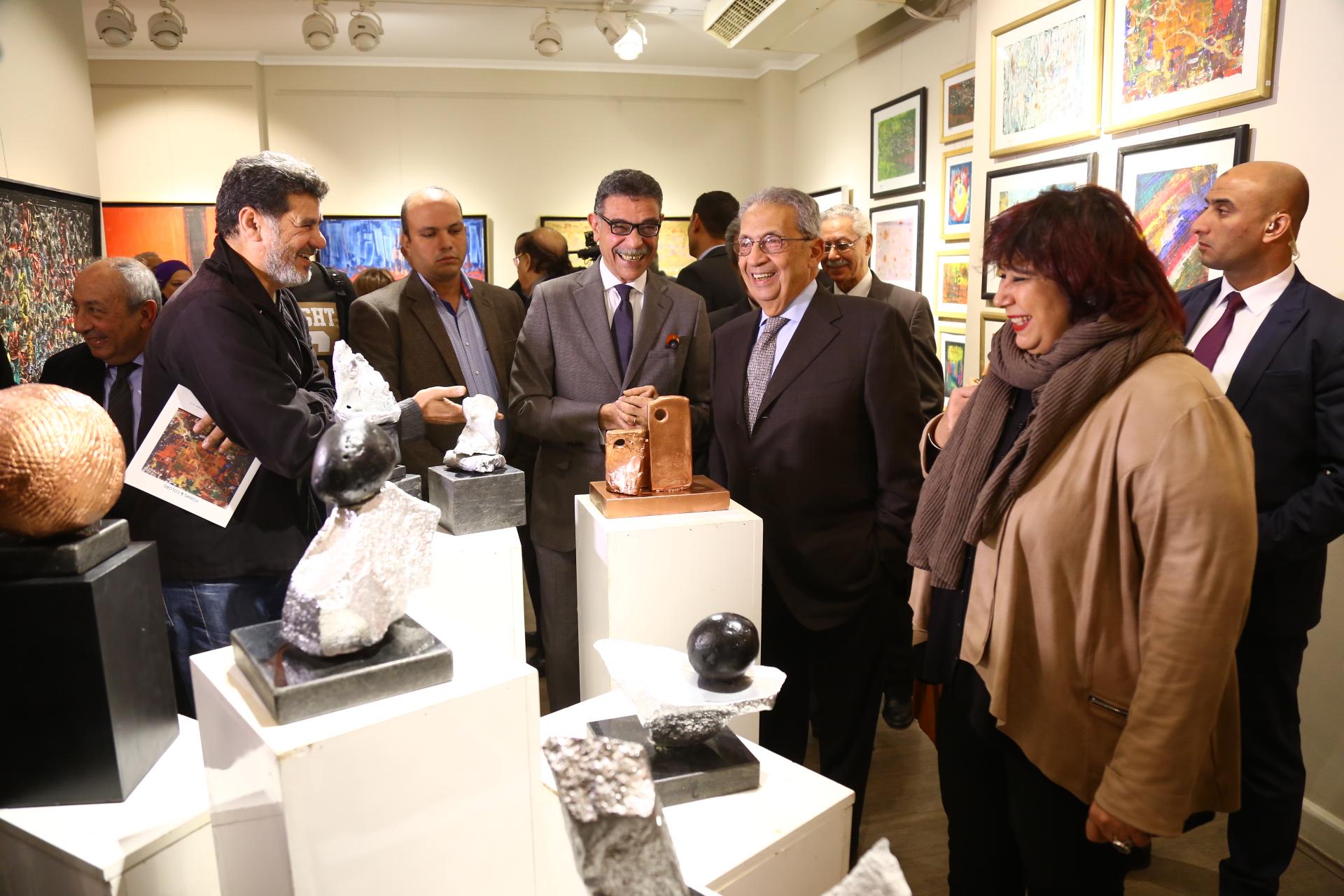 بحضور وزراء وسياسيين.. جمال فهمى يفتتح معرض «أشكال وألوان» -          بوابة الشروق