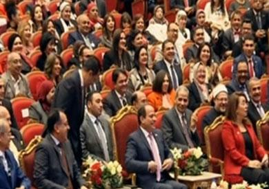 السيسي يشاهد فيلما تسجيليا عن موقعة الإسماعيلية باحتفالية عيد الشرطة