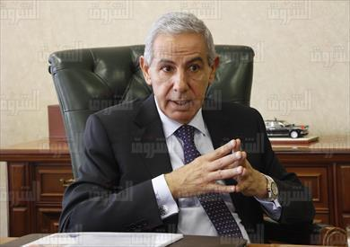 طارق قابيل وزير التجارة والصناعة تصوير لبنى طارق