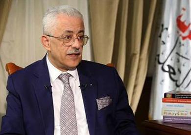 وزير التعليم يدين حادث المنيا ويعزي أسر الشهداء