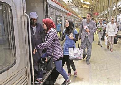 قطارات فى محطة مصر تصوير احمد عبد الفتاح