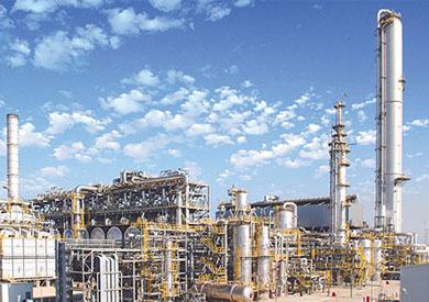 وزير البترول: تنفيذ أكبر مشروعين لتكرير البترول بالصعيد باستثمارات 2.3 مليار دولار