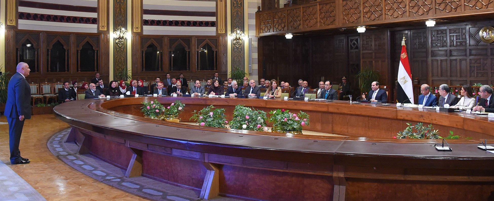 الرئيس السيسي: الوادي الجديد محافظة واعدة بفرص الاستثمار المتنوعة