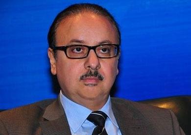 ياسر القاضي وزير الاتصالات