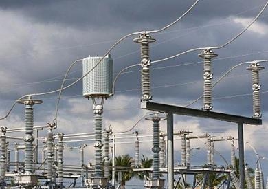 «الحكومة» توقع اتفاقية لإنشاء محطة إنتاج الكهرباء من الرياح بخليج السويس