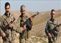 حراس القرى يرتدون زياً عسكرياً بعد أن كانوا بالزي المدني من قبل أثناء قيامهم بعمليات عسكرية ضد الأكراد