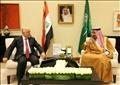 العاهل السعودي، الملك سلمان بن عبد العزيز، ورئيس الوزراء العراقي، حيدر العبادي
