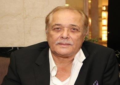 الفنان محمود عبد العزيز