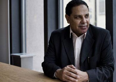 الدكتور علاء الأسواني
