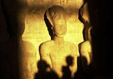 تعامد الشمس على وجه تمثال رمسيس الثاني
