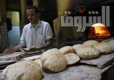 أرشيفية لتوزيع الخبز على المواطنين تصوير  هبة خليفة