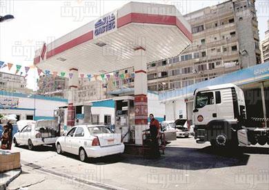 عقد كروت الوقود الذكية موضع اعتراض من المركزي للمحاسبات تصوير احمد عبد الجواد