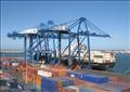 الحاويات على أرصفة ميناء دمياط