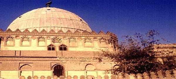 ضبط أحد مرتكبي واقعة سرقة مقتنيات أثرية من داخل مسجد الإمام الشافعي