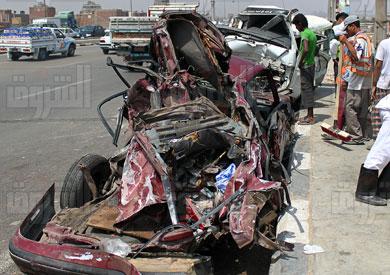 مصرع 8 أشخاص وإصابة 3 آخرين إثر حادث تصادم