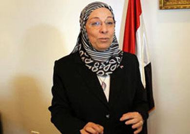 الدكتورة ناهد العشري وزيرة القوى العاملة