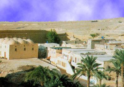 عاجل .. حادث بشع جدااا لرحله متجهه لدير الأنبا بولا صباح اليوم 13/10/2012 Monastery-of-Saint-Paul