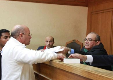 تأجيل محاكمة وزير الزراعة