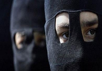 ملثمون يهاجمون مركز شرطة سنورس