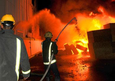حريق هائل في مصنع «خل»
