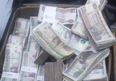القبض على شخصين في سوهاج بحوزتهما 11 مليونًا و350 ألف جنيه بتهمة الاتجار