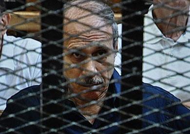 حبيب العادلي، وزير الداخلية الأسبق أثناء حضوره جلسة المحاكمة - أرشيفية