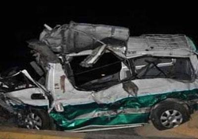 حادث انقلاب سيارة ميكروباص
