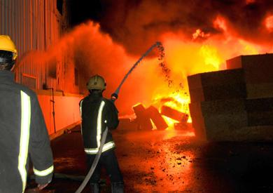 اندلاع حريق بشركة ايديال – ارشيفية