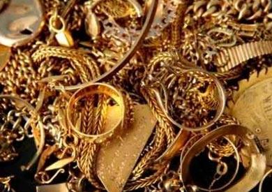 ضبط خفير وزوجته لاتهامها بسرقة مشغولات ذهبية من «فيلا» بالشروق