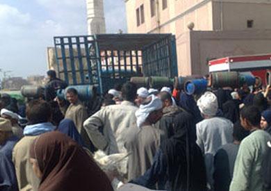 http://shorouknews.com/uploadedimages/Sections/Egypt/Accidents/original/zeham-amam-istwanat-alghaz-arshefia-234324.jpg