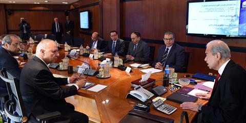 اجتماع بشأن شق التعبان بمجلس الوزراء