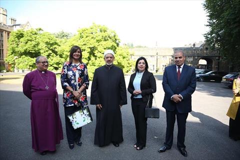 وزيرة الهجرة وشيخ الأزهر يلتقيان «توني بلير» خلال مشاركتها بـ«منتدى شباب صناع السلام»