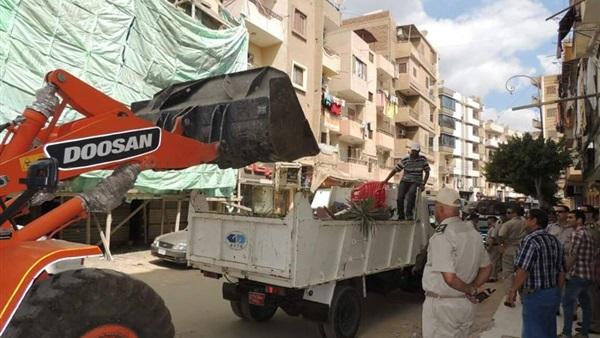 إزالة 48 حالة تعدٍ وإشغال طريق بكفر الشيخ