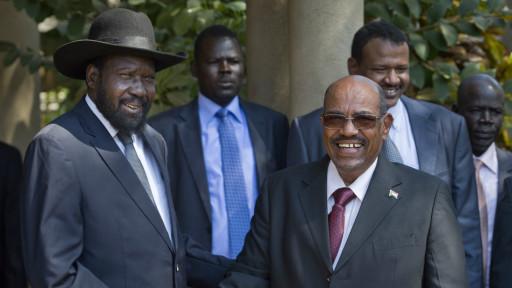 السودان يخشى من تعرض أنابيب النفط لأضرار بسبب القتال في الجنوب.