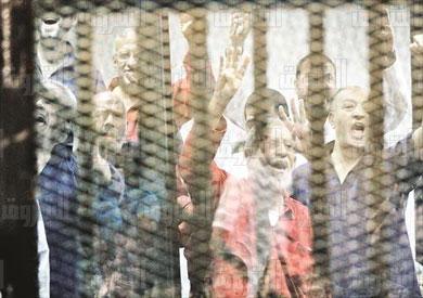النطق بالحكم على محمد مرسى واعضاء جماعة الاخوان فى قضية التخابر والهروب من سجن وادى النطرون تصوير احمد عبد اللطيف