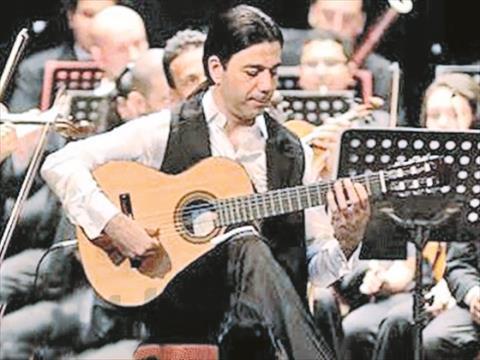 عازف الجيتار العالمي عماد حمدي